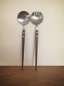 round wooden handled serving spoons