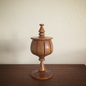 vintage rimu hand carved lidded vessel