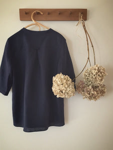 SOLD OUT 100% linen 3 button blouse - ink