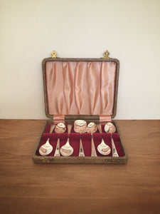 Boxed set of silver plated dessert spoons - made in england