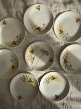 Load image into Gallery viewer, Set of 8 Crown Lynn side plates