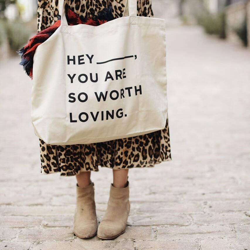 Hey – Large Tote Bag