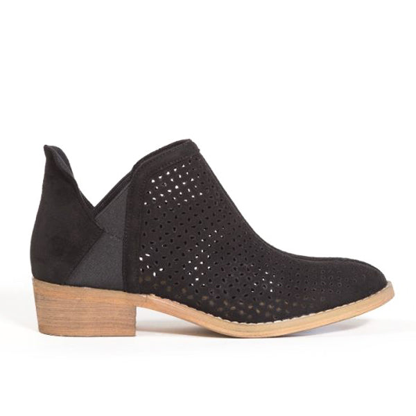 hot sale online 2bc6e 7f367 Le Coyote Bootie - Savvy Chic Boutique | Contemporary Clothing & Accessories