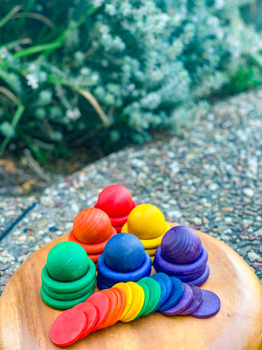 Rainbow dyed loose parts set