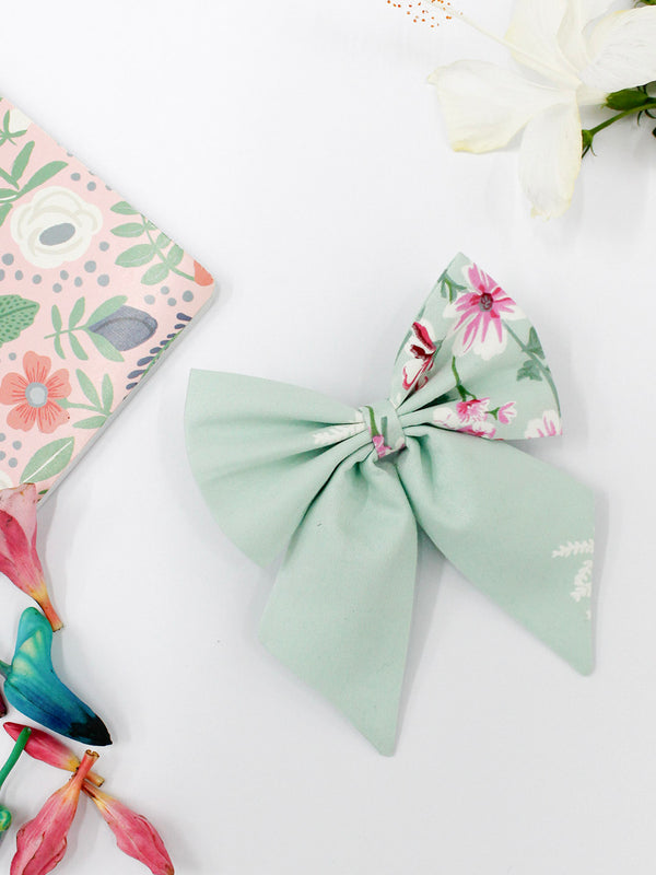 Vintage Green Bow