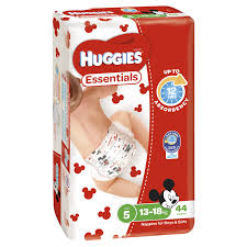 B031 - Huggies Nappy Essential Walker 44x4