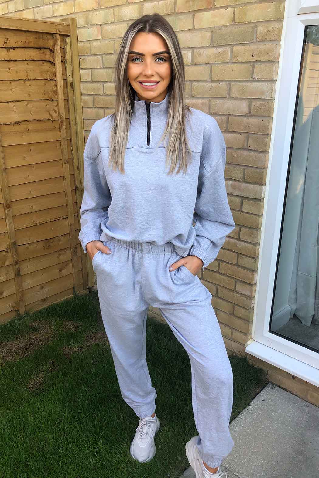 Bay Elasticated Grey Half Zip Sweat