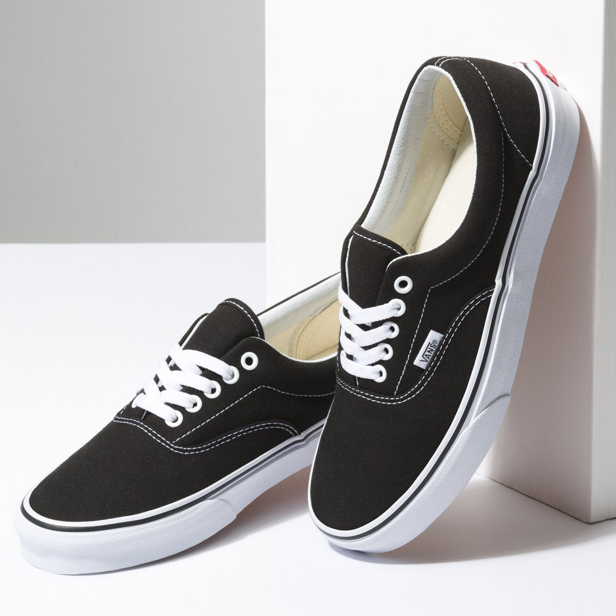 Zapatillas Vans Era - Black - Vans