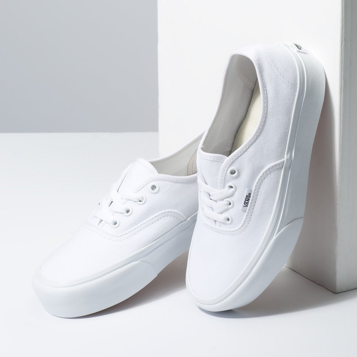 Zapatillas Vans Authentic 2.0 - True White - Vans