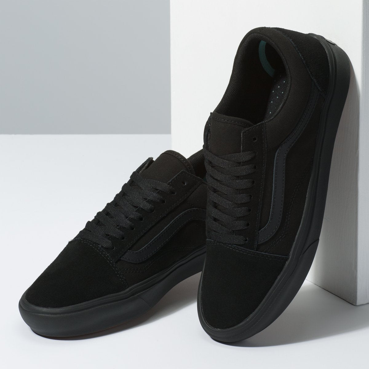 Zapatillas Vans ComfyCush Old Skool - Black/Black - Vans