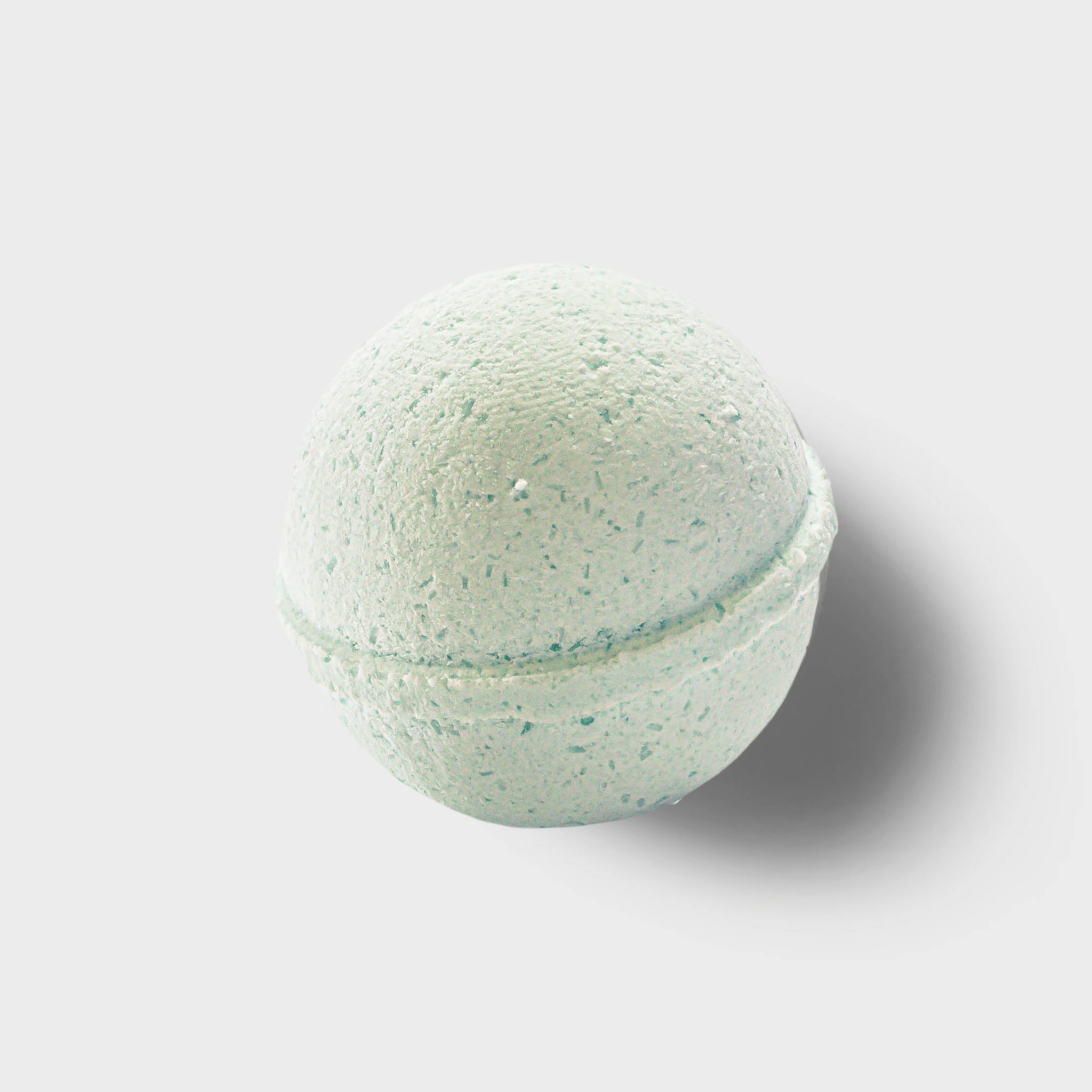 CBD Essential Oil Bath Bomb - Breathe (Eucalyptus)