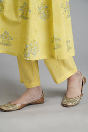 Yellow Emroidered Narrow Pants