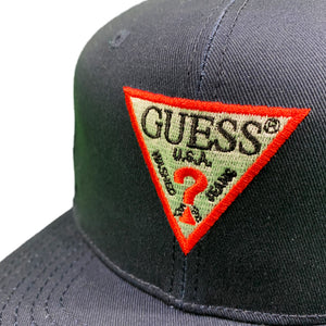 "GUESS ""TRIANGLE"" Snapback Cap -NAVY-"