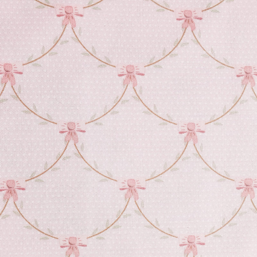 Gütermann Fabrics – Pink with White Polka Dots - Lizzy's Garden by Vero's World – 649145-659