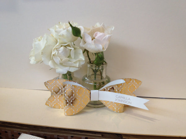 Love Lace Metallics Bow Tie Place Cards, blank