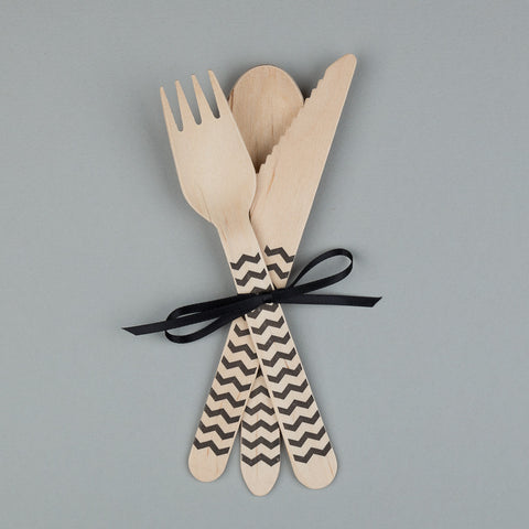 "Wooden Party Cutlery<BR>Black Chevrons<BR><font color=""#ae9a64"">Pack of 10"