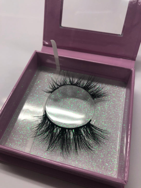 """Aries"" Horoscope Lash Collection - The Pink Makeup Box"