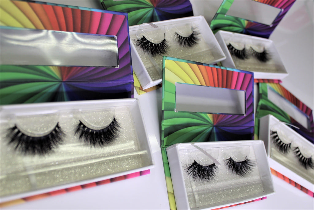 Eyelash Monthly Subscription - The Pink Makeup Box