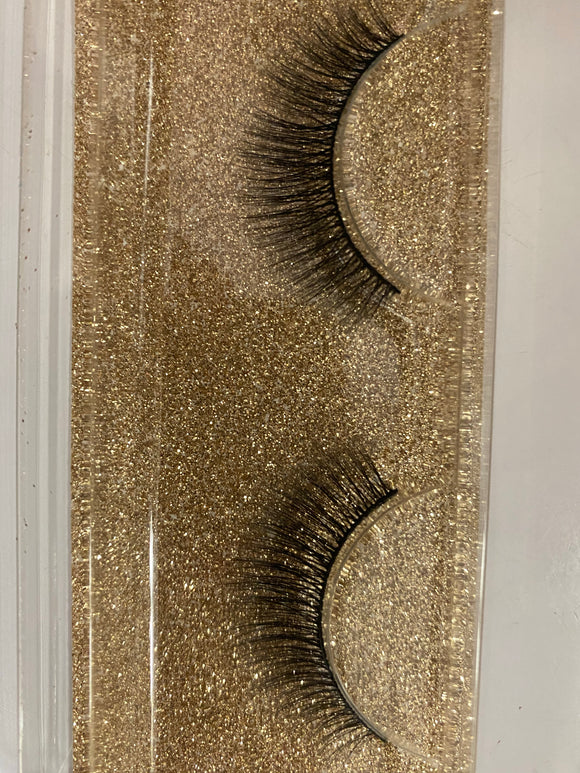 Miss Lil Usa Eyelashes #44 Cream Collection - The Pink Makeup Box
