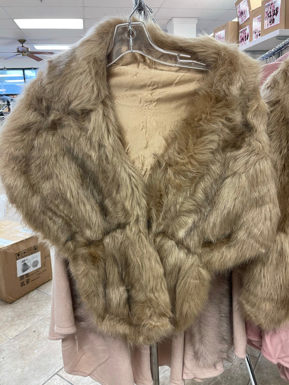 FUR COAT (ONE SIZE)