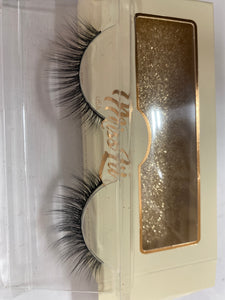 Miss Lil Usa Eyelashes #39 Cream Collection - The Pink Makeup Box