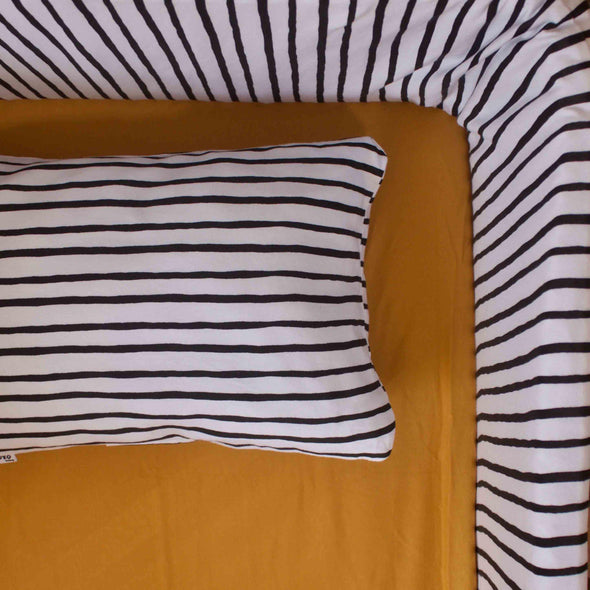 Mustard yellow fitted sheet