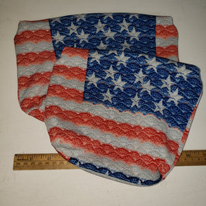Scalloped flag pouch