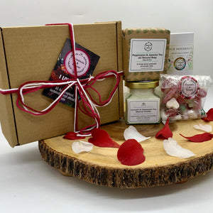 Eco Love Gift Box | Candle | Soap Bar | Seed Balls | Vegan Pick 'n' Mix |