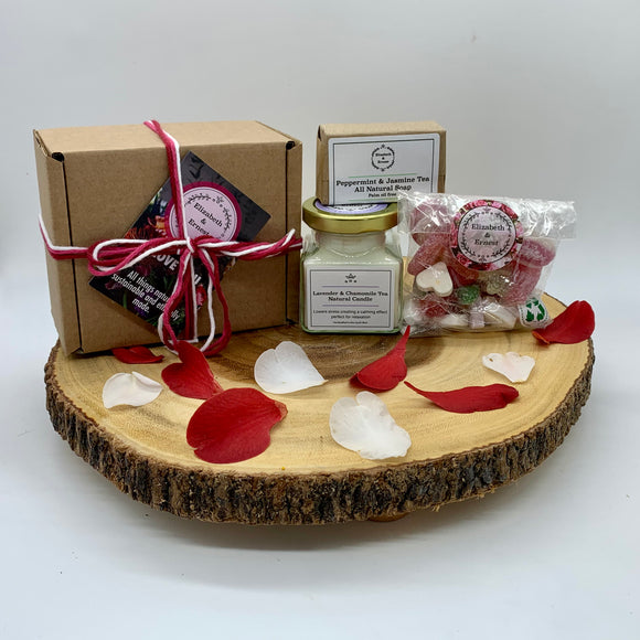 'Love You' Gift Box | Sustainable Plastic Free Gift Box | Candle | Soap | Vegan Sweets |