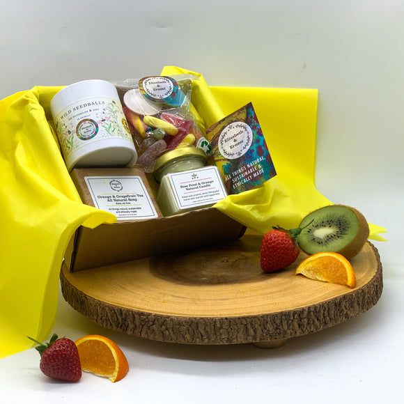 Sustainable Summer Eco-Friendly Gift Box | Soy Wax Candle | Natural Soap Bar | Seedbom | Vegan Pick 'n' Mix | Spa Gift Box |
