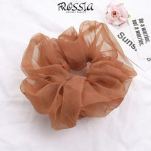 Laden Sie das Bild in die Galerie, Brown Silk Scrunchie