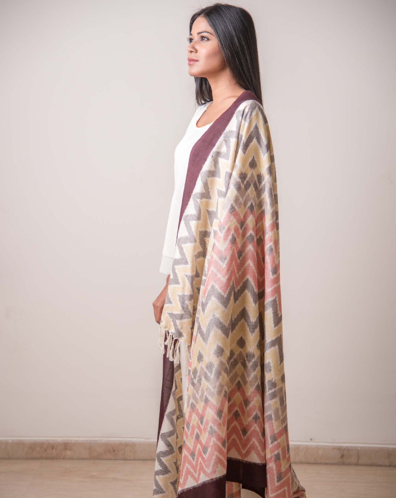 Ereena Ikat Chitiki - Ikat Peaks And Valleys Shawl EFPZSWY-011