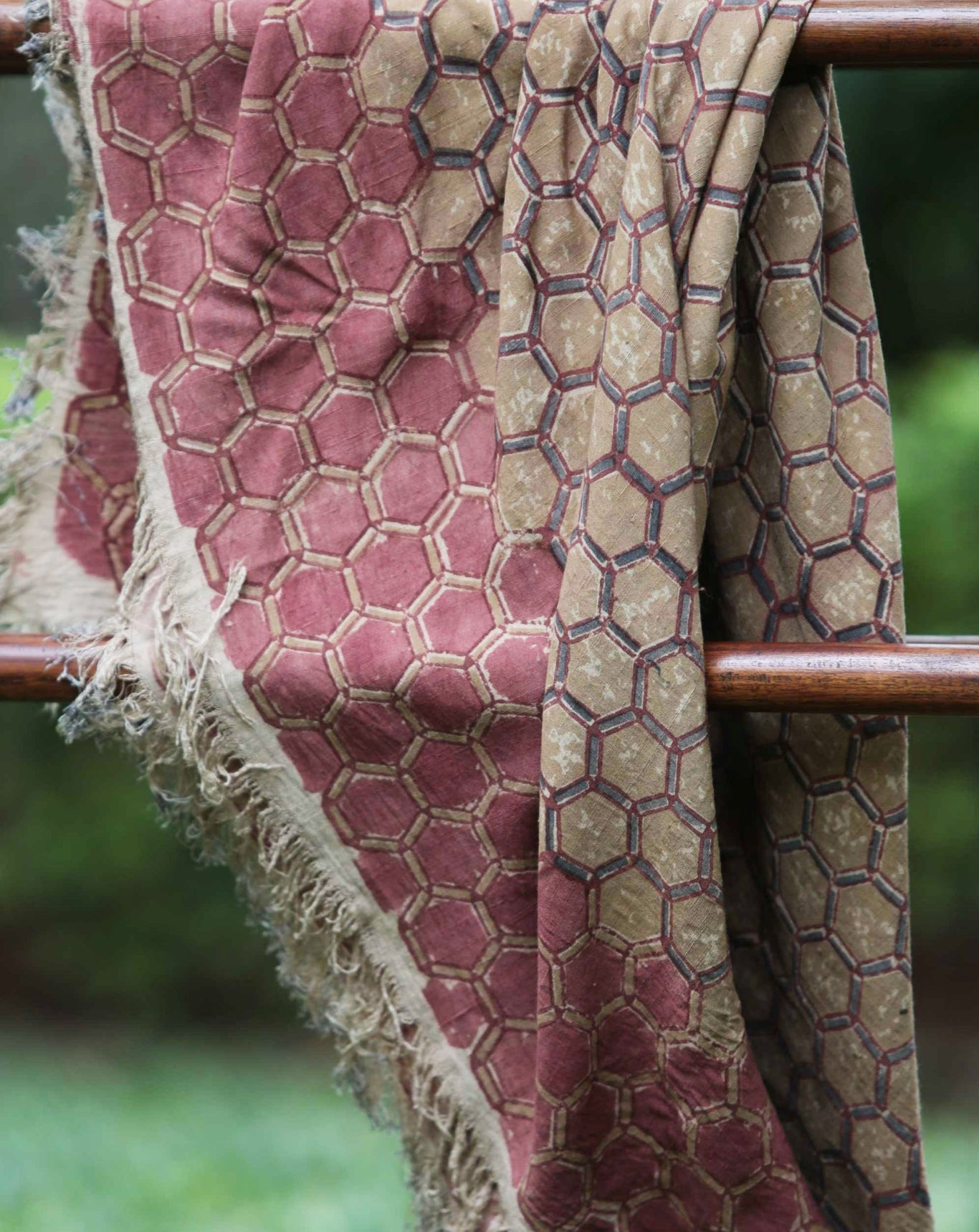 Ereena Earth Eri Silk Honey Comb Natural Dye Block Printed Shawl– EFVBSQS -12A
