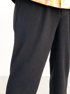 JieDa / RIPPLE TAPERED PANTS (BLACK)