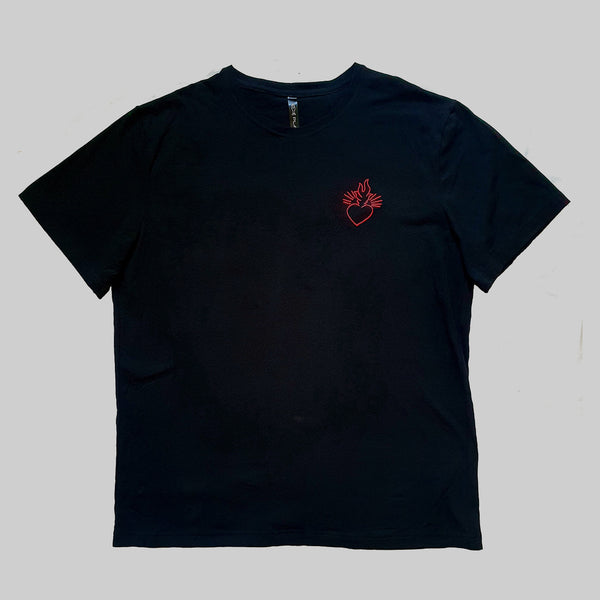 Short sleeve T-shirt with embroidery of HEART