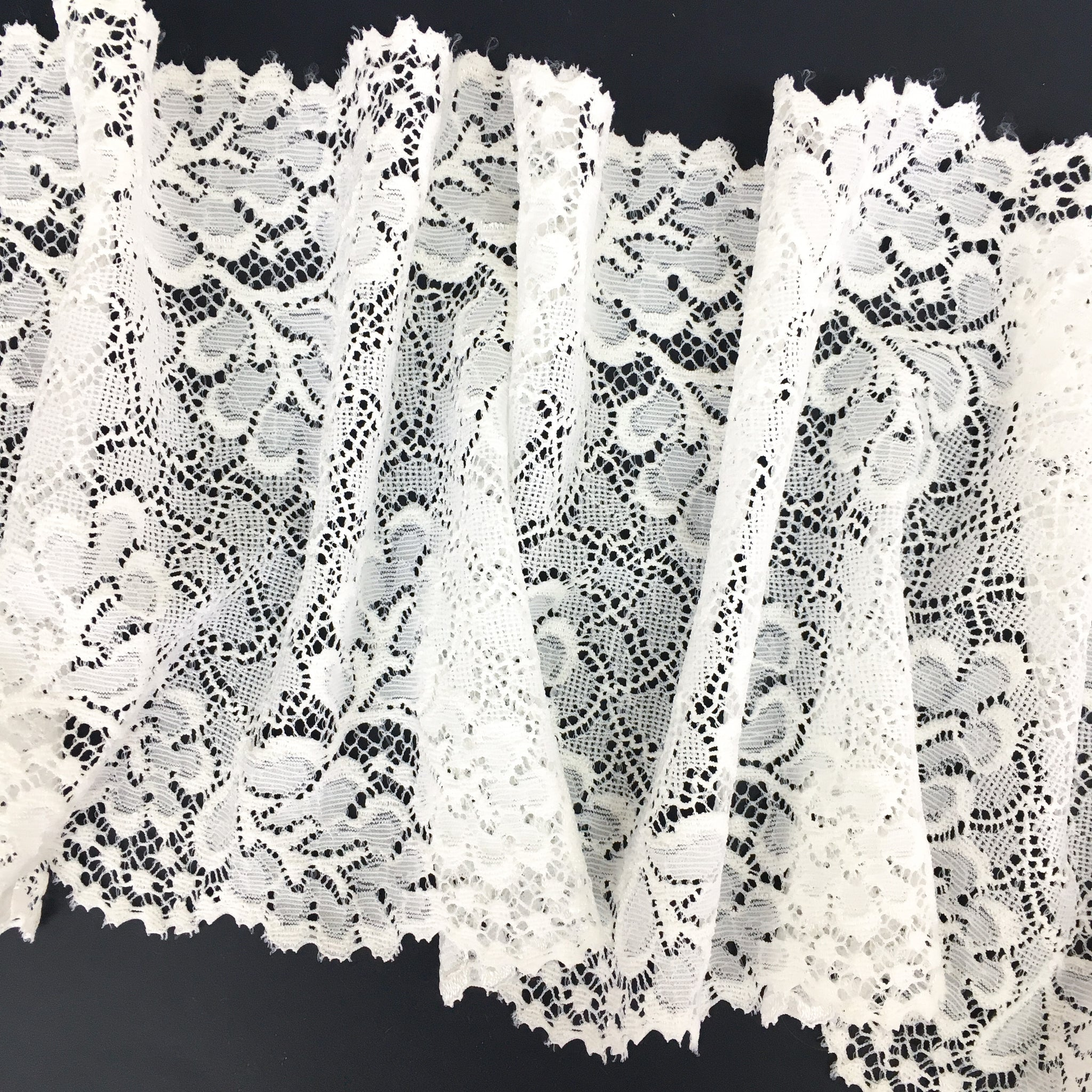 Stretch Lace ~ Fine White