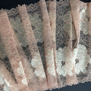 Stretch Lace ~ Salmon