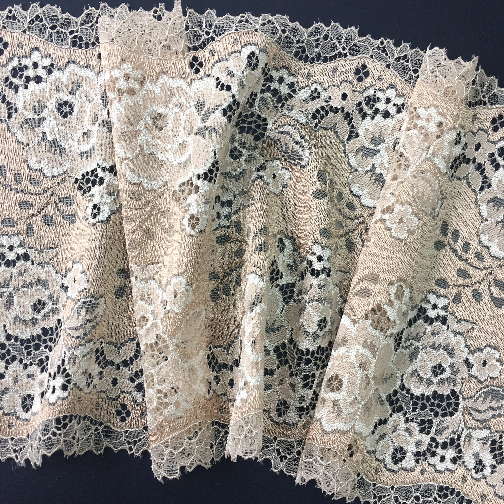 Stretch Lace ~ Golden Blush