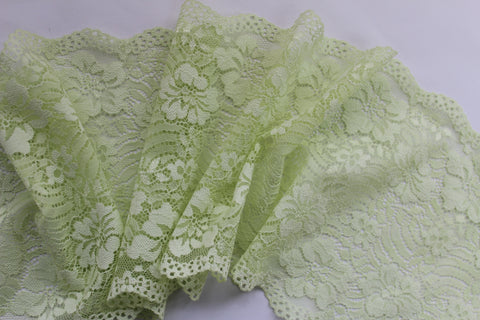 Stretch Lace ~ Spring Green