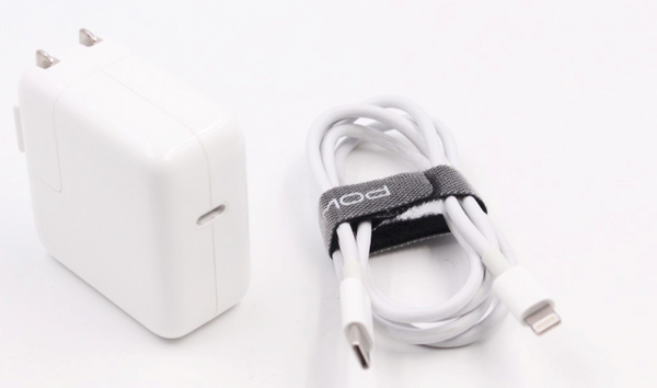 Apple USB PD charger and USBC to lightning cable