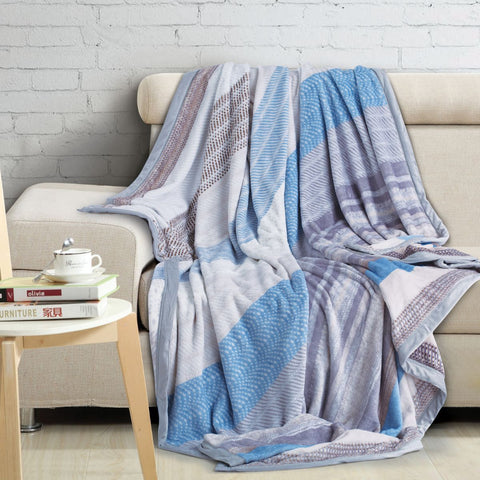 Malako Printed Double Heavy Plush Blue Shades Snow Blanket