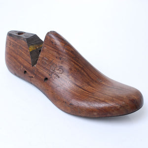 Clog Makers Wooden Shoe Last (Dark Wood) - OldTools.co.uk