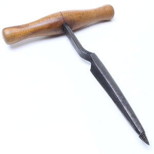 "Wm Marples Coopers Bung Borer – 1 ¼"" - OldTools.co.uk"