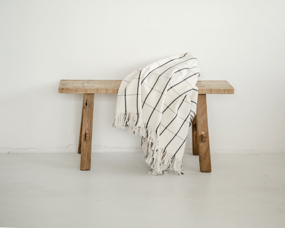 SLEEP TIGHT THROW | WHITE CHECK