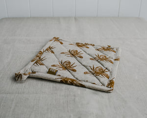 HONEY BEE TRIVET CLOTH