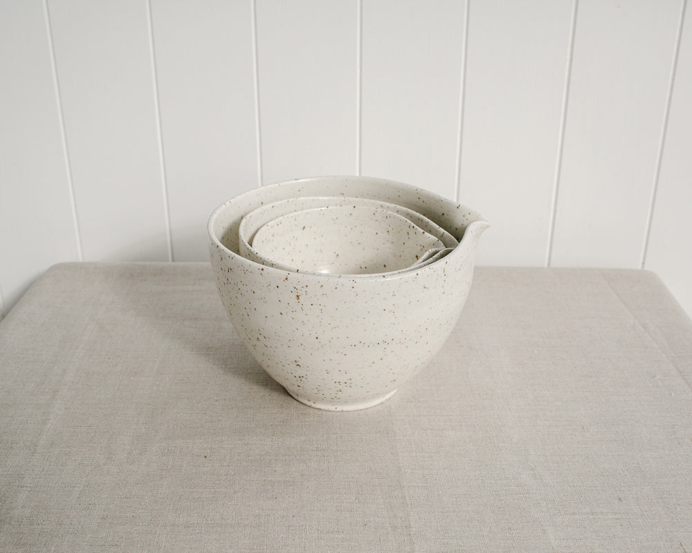 NESTED POURING BOWL SET | EGGSHELL