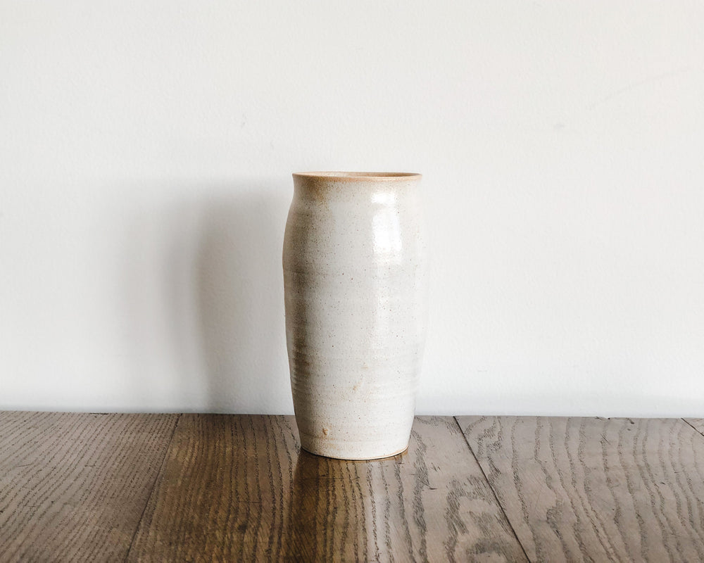 Load image into Gallery viewer, HANDSPUN PARCHMENT VASE