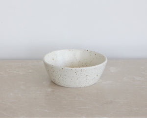 Load image into Gallery viewer, HANDSPUN CEREAL BOWL | EGGSHELL