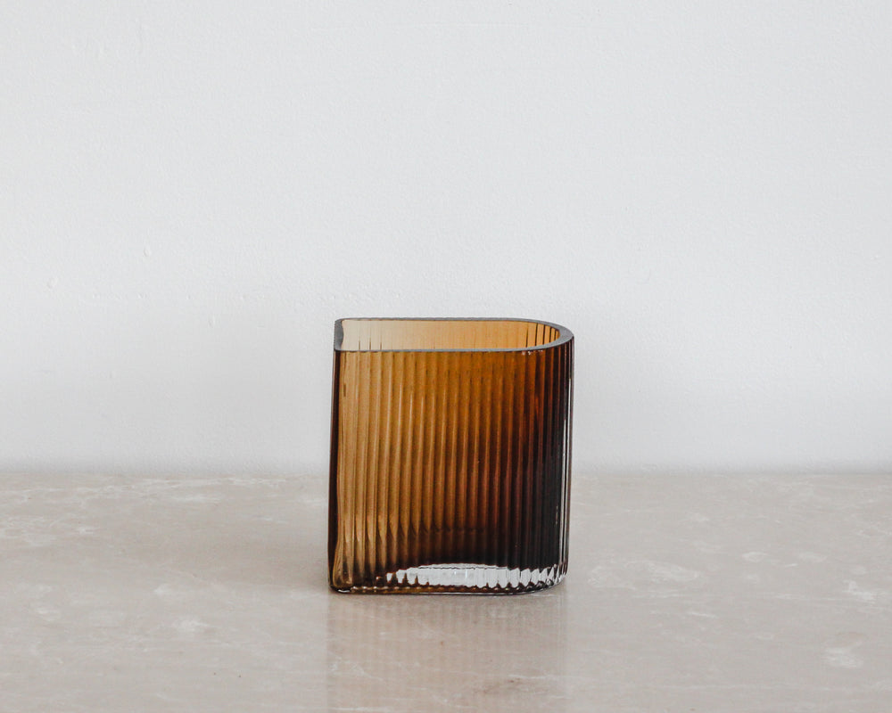 Load image into Gallery viewer, HUBSCH GROOVED VASE | AMBER
