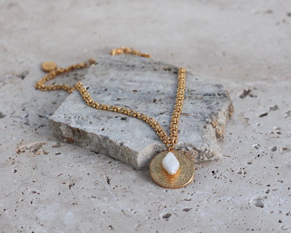 Load image into Gallery viewer, MONSIEUR BLONDE | UNDER THE SUN NECKLACE